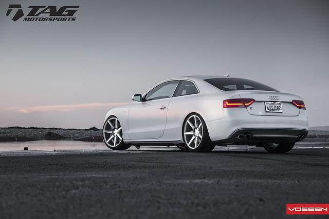 Audi S5 - CV7