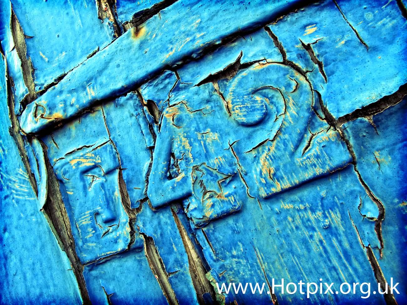 blue,crack,cracked,door,paint,cracking,up,crackingup,tony,smith,tonysmith,42,E42,UK,Latchford,locks,cheshire,warrington,England,united,kingdom,number,manchester,ship,canal,lock,HDR