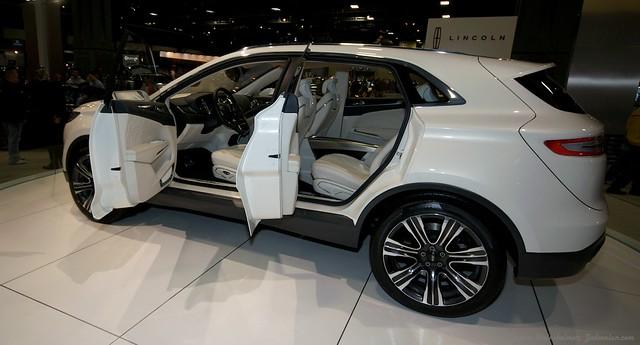 2013 Washington Auto Show - Lower Concourse - Lincoln 1