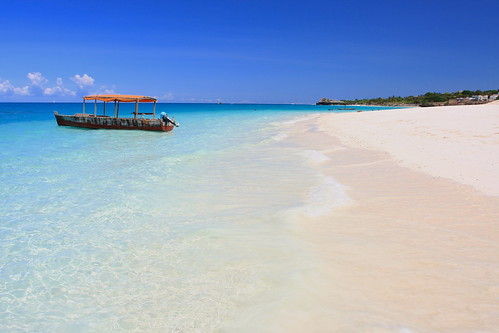 Kendwa Beach - Zanzibar | by TravelingOtter