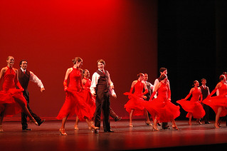 The Claremont Colleges Ballroom Dance Company performing at 2006 Alumni Weekend.