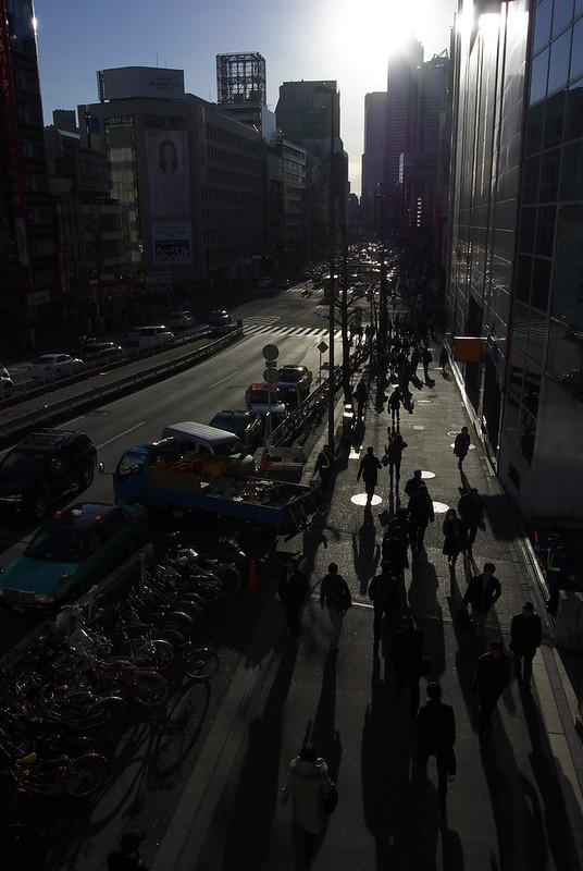 新宿駅南口にて