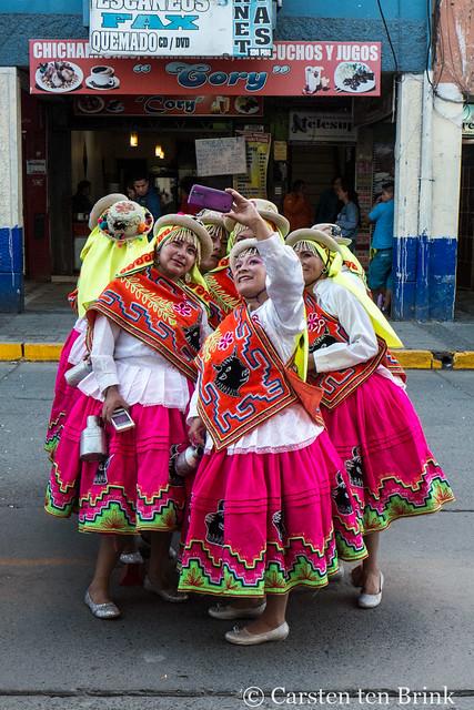 Huaraz healthcare parade - selfie time