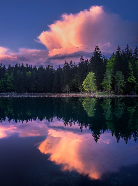 Vivid cloud reflection
