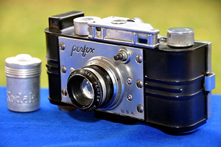 1938-1939: PERFEX SPEED CANDID CAMERA. Candid Camera Corporation of America. Chicago (Illinois) USA | by Coleccionando Camaras