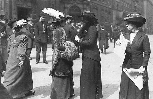 Suffragettes in Bow Street | by Leonard Bentley