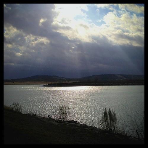 clouds rays waterscape stillhousehollowlake huemore iphoneography kitcamedit unionparkatstillhousehollowlake