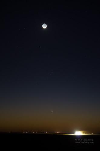 sunset moon landscape texas plains comet moonset crescentmoon lubbock cottonfield earthshine panstarrs