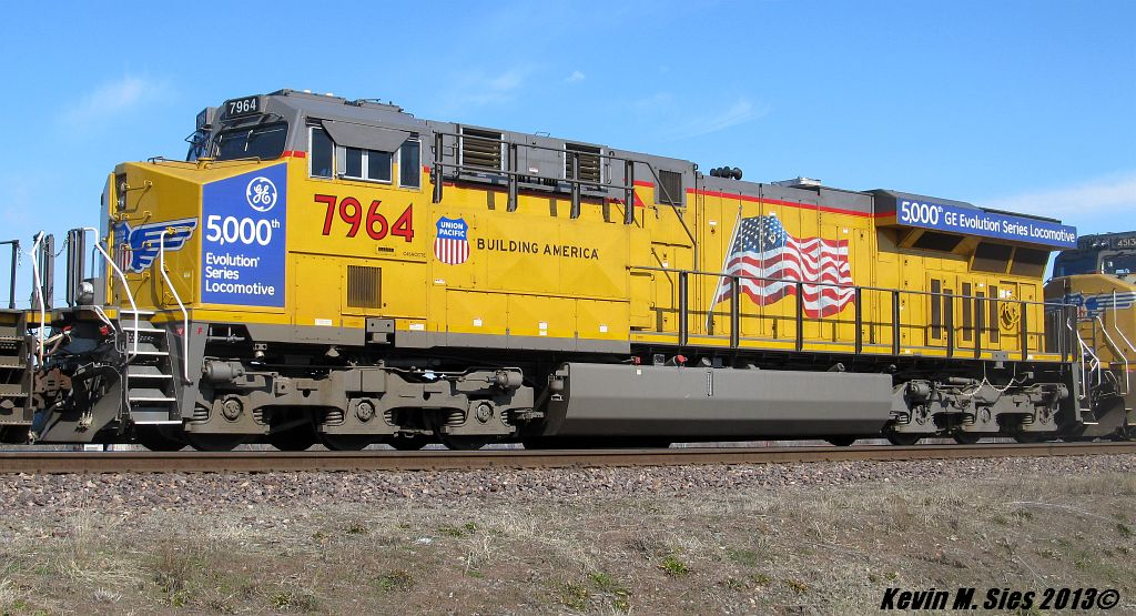 GE's 5,000th GEVO UP # 7964 @ Dupo, IL | General Electrics