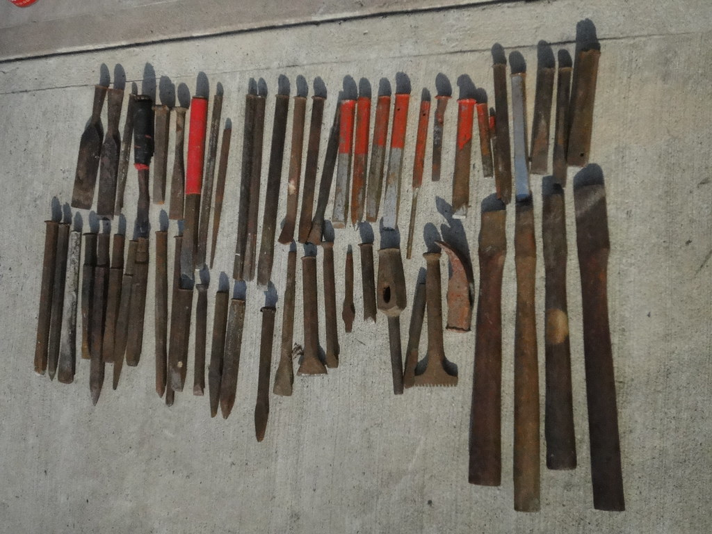 Stone carvers' Masonry Chisels, Antique Tools for Sale, Sp
