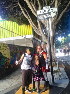 Sunday Streets Mission Dist April 2013: Lucky Family | by Lynn Friedman