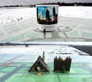 Developement of the Tempelhof Field in Berlin: Two bearings face each