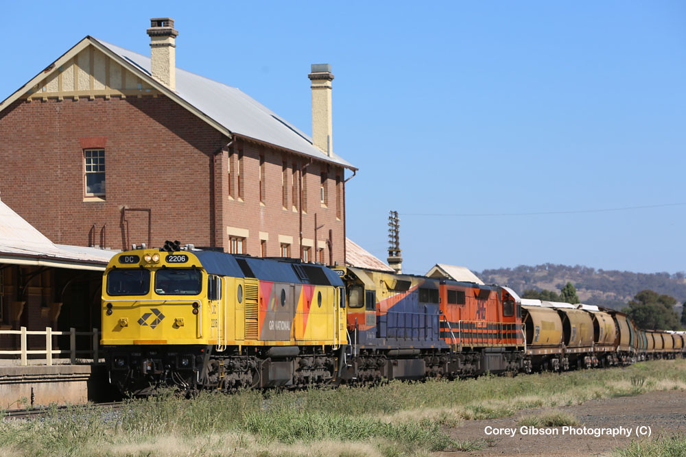 DC2206, LQ3122 & LZ3104 pass by Cootamundra West Station by Corey Gibson