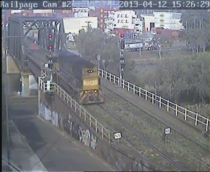NR30 light engine via triangle to reverse the loco 12-4-2013 by Railpage Bunbury Street