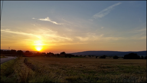 3662016 moments2016 august day239 2682016 kostolany244 samsunggalaxys5 europe germany geo:country=germany moments sunset field landscape 366the2016edition
