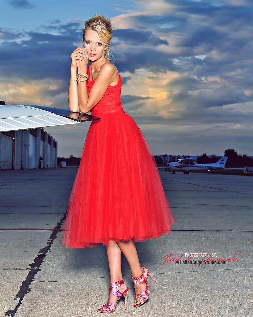 Nicole Guerin (BMG Models) | WEBSITE I Facebook I Instagra