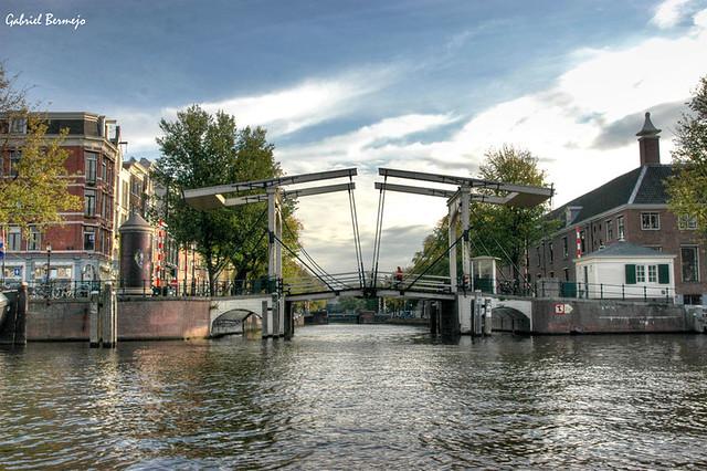 Puente levadizo tradicional - Amsterdam