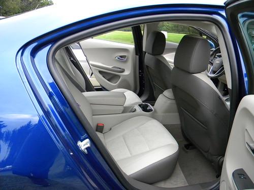 2013 Chevrolet Volt 7 Photo