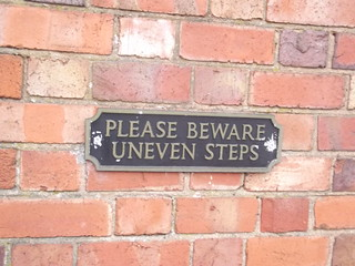 St John's Steps - Uneven steps - Church of St John the Baptist - Bromsgrove - from St John Street - sign - Please beware uneven steps | by ell brown