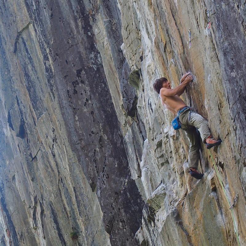 Van d'en Haut 8a. Climber: John McCune