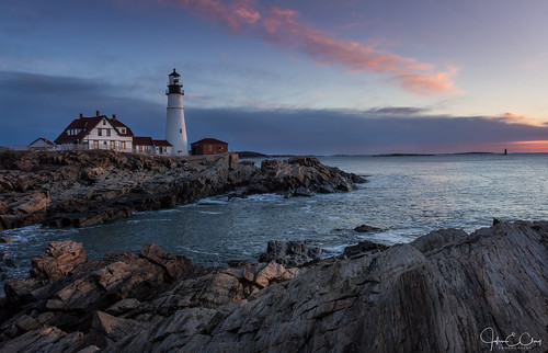 jclay lighthouse maine newengland ocean portlandhead spring sunrise