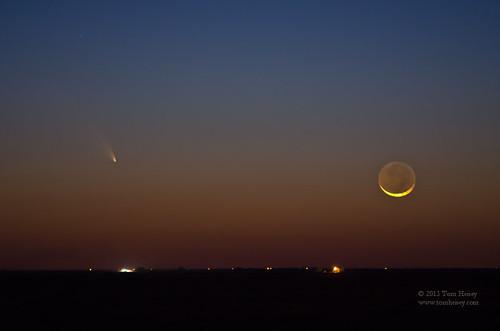 sunset moon landscape texas crescent comet moonset lubbock earthshine panstarrs