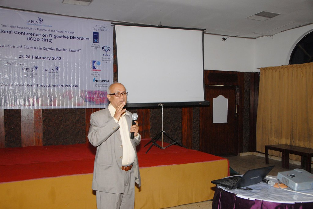 Plearnary Talk - Dr. C S Chamania, Professor and Head, Department of Surgery, Choithram Hospital and Research Centre, Indore - ICDD-2013