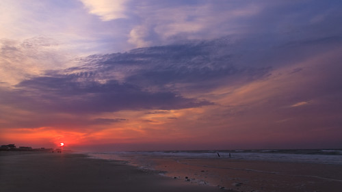 blue red sky beach sunrise dawn nc waves northcarolina atlantic shore atlanticbeach
