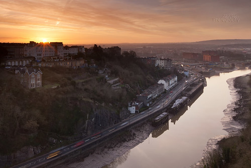 city morning bridge sunrise bristol hotel suspension sunburst gorge avon clifton portway