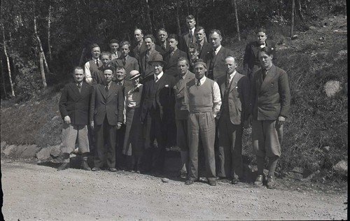 Vidkun Quisling og gruppe med sivilt kledde, trolig NS miljø, 1930-tallet.