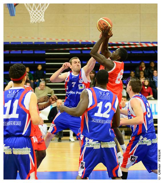 ESC Trappes-SQY Basket vs Caen