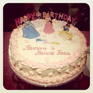 My nieces b'day cake | by Zee Chaudhry