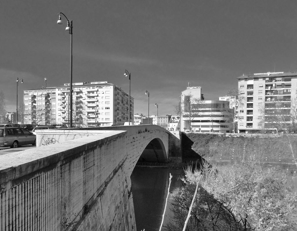 Roma - Ponte Testaccio 2