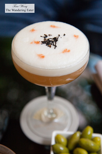 Rosemary Fizz - Gin Beefeater 24, Limoncello, crème fraîche, homemade rosemary syrup, lemon juice, soda water