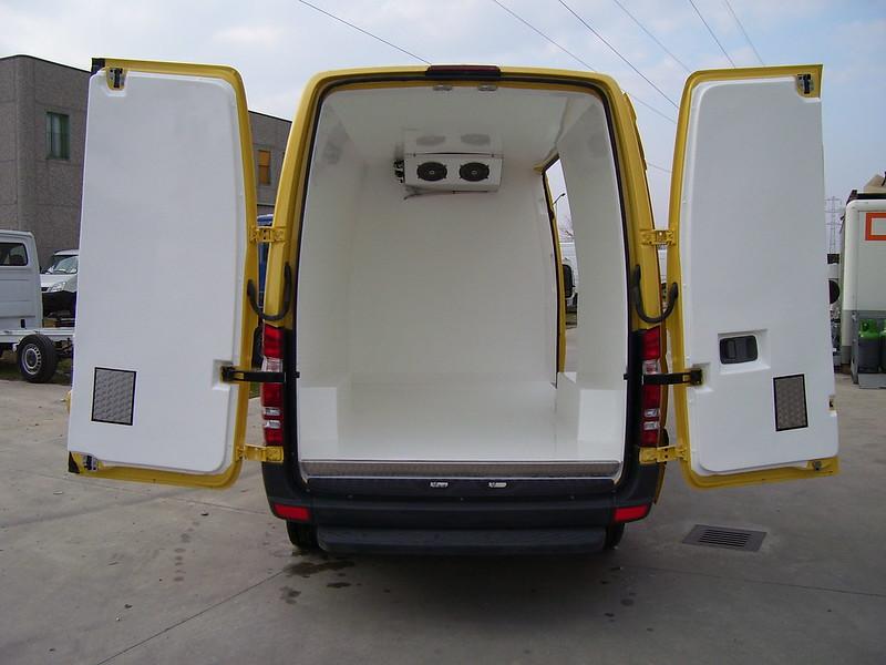 Термоизолация + хладилен агрегат за Mercedes-Benz
