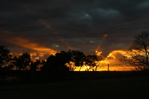 autumn sky dawn equinox urunga