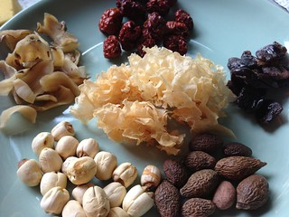 A List of Chinese Herbs for Chinese Soups