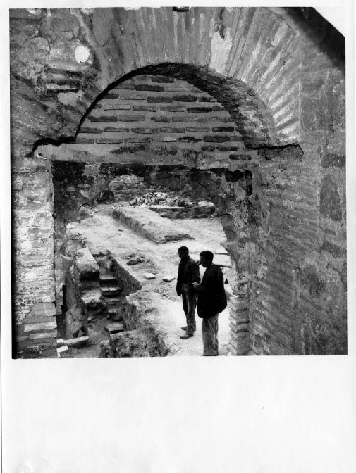 Excavaciones en el Palacio de Galiana  © Fondo Rodríguez. Archivo Histórico Provincial. JCCM. Signatura CAJARCHP-063-05