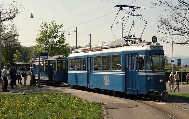 Tram Museum Zürich - Ce 4/4 1392 mit Zweiachsanhänger beim Zoo Zürich
