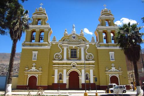 Iglesia de San Francisco, Huánuco, Peru   by blueskylimit