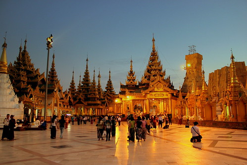 SHWE DAGON BUDDIST PAGODA AT SUNSET YANGON MYANMAR UNION OF BURMA  JAN2013 | by STEPHEN J MASON PHOTOGRAPHY