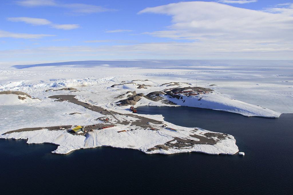 Terre d'Adélie - Antarctique - Terres australes et antarctiques françaises - Pôle sud - SchoolMouv - Géographie - CM1