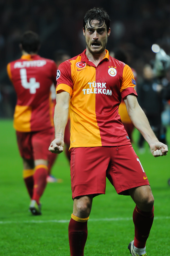 Galatasaray Vs Man U Albert Riera Albert Riera Celebrate