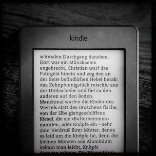 kindle touch, text w left align | by fabianmohr