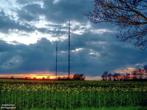 sunset clouds evening suffolk spring village hamlet eastanglia hailstorm televisiontransmitter babergh littlecornard blinkagain bestofblinkwinners dogmarten28 workhousegreen