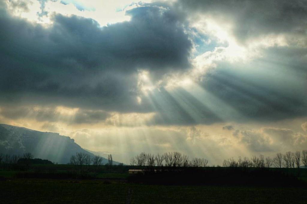 El Sol Siempre Sale Entre Las Nubes Feflis Gram Flickr
