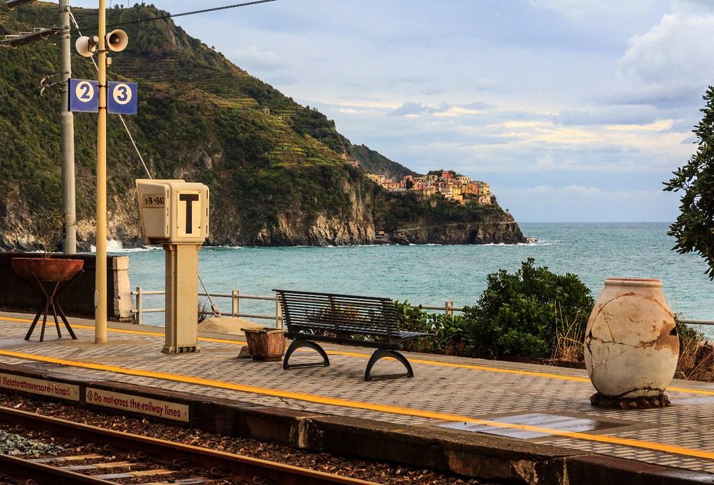 Afbeeldingsresultaat voor Corniglia's train station