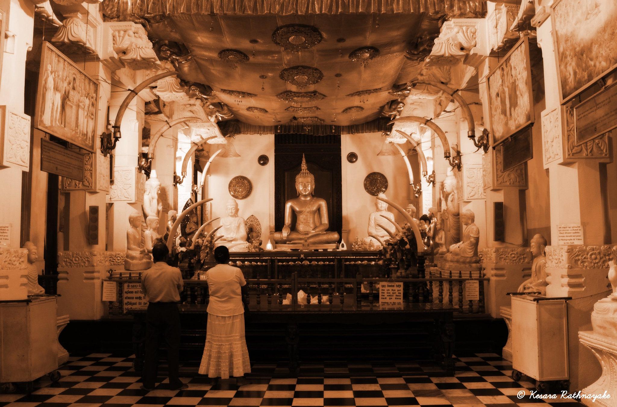 """IMG_0840_20130125 """"Inside Sri Dalada Maligawa - Kandy"""""""