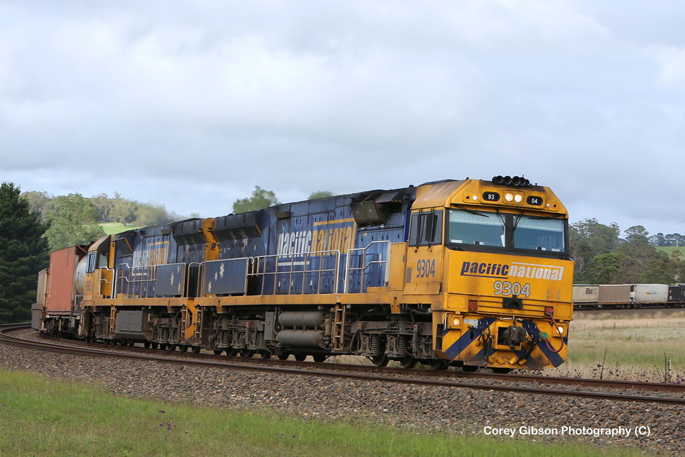 9304 with the Melbourne to Sydney freight by Corey Gibson