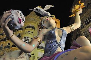 Las Fallas Valencia  juggling | by keith ellwood